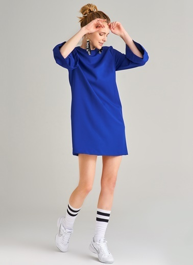 Kolu Volanlı Elbise-Agenda